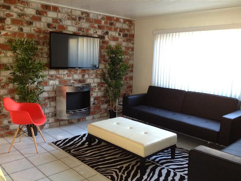 Modern Remodel, Affordable, Steps to Sand & Bay - Image 1 - Newport Beach - rentals