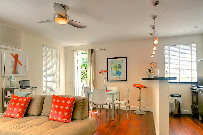 General view of living room - Raleigh HUDSON 107 - Miami Beach - rentals