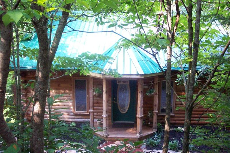 'Refuge'..Location! Last min. cancelation special! - Image 1 - Townsend - rentals