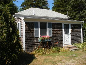 Summer on Cape Cod in this rebuilt 1930s cottage. - DONORL 102263 - Orleans - rentals