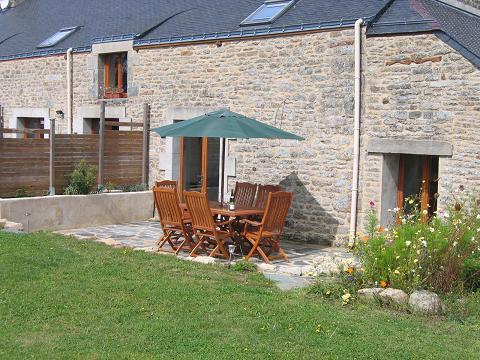 Sun Terrace - LA LUCINE - Petits Papillons Rural Gites and Holid - Josselin - rentals