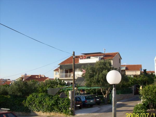 Street view - Apartmani Petra Brodarica - Brodarica - rentals