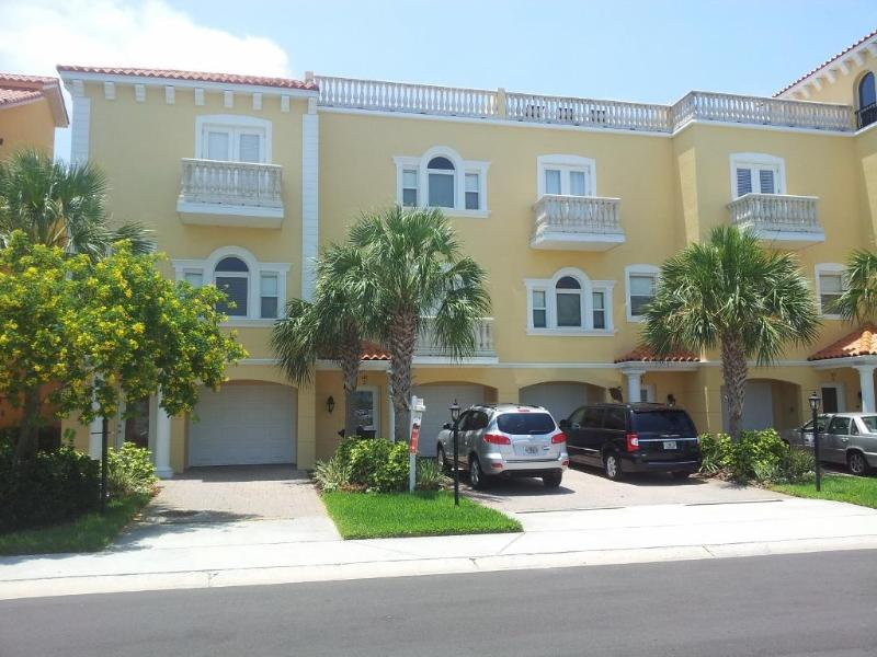 145 Brightwater Drive, Unit 2 - Beautiful  Clearwater  Beach  Townhouse - Clearwater - rentals