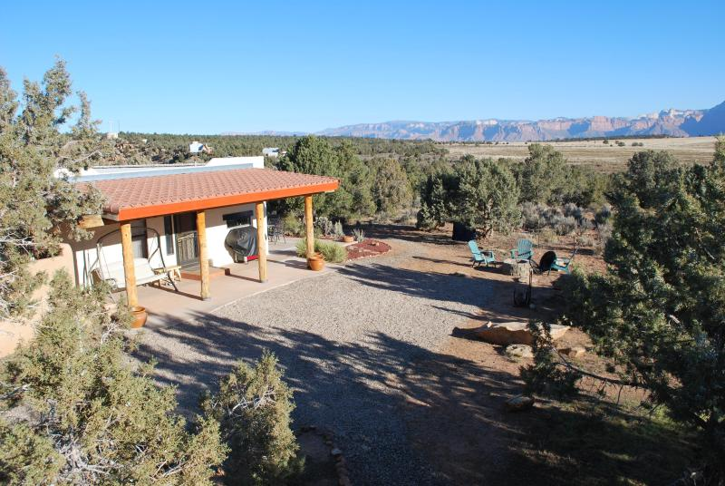 Panoramic view of Zion National Park - Gooseberry Mesa Lodge near Zion National Park - Apple Valley - rentals