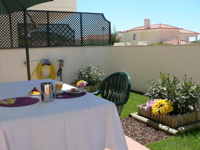 Campo Real Golf Resort & Spa - 2 Bedroom Apartment - Image 1 - Torres Vedras - rentals