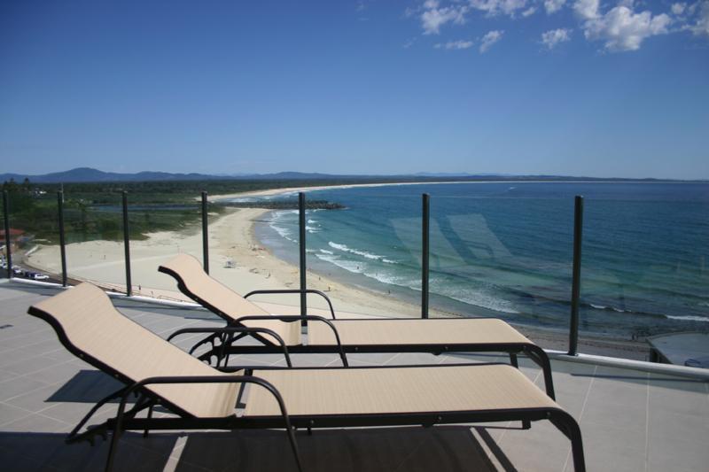 Superb Strand Beachside Penthouse 1003 - Image 1 - Forster - rentals