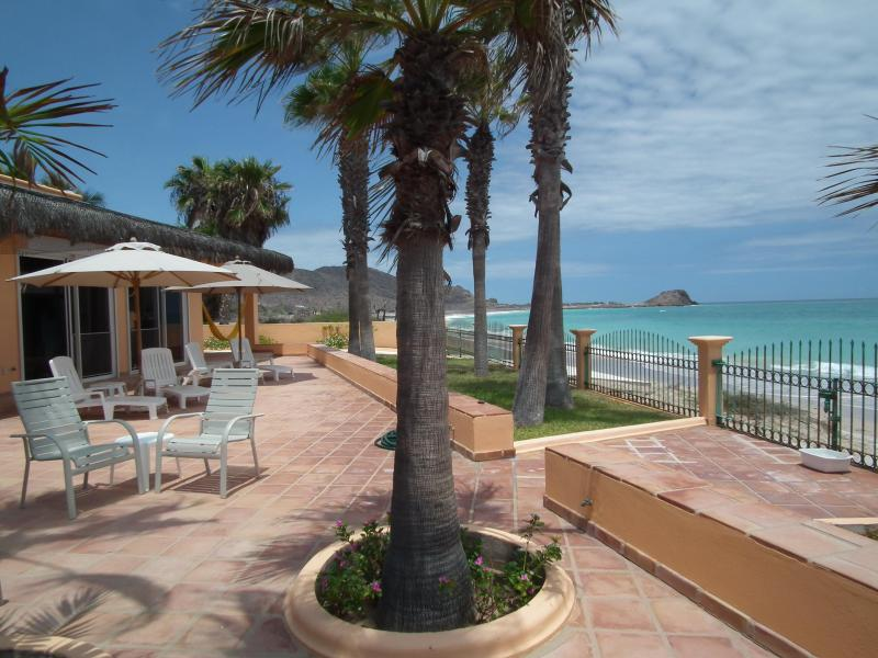 VILLA DEL MAR's ocean-beach views to north - BAJA PARADISE, Cabo Pulmo Baja Luxury Beach Villas - Cabo Pulmo - rentals