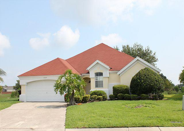 Spacious vacation home with private pool, flat screen TV and free Wi-Fi - Image 1 - Kissimmee - rentals