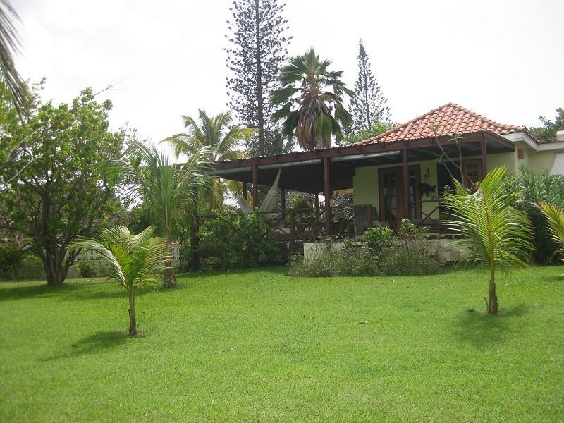 Hummingbird  2 Bed with Pool - Image 1 - Holetown - rentals