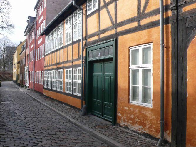 Amagergade Apartment - Wonderful Copenhagen apartment in a historic street - Copenhagen - rentals