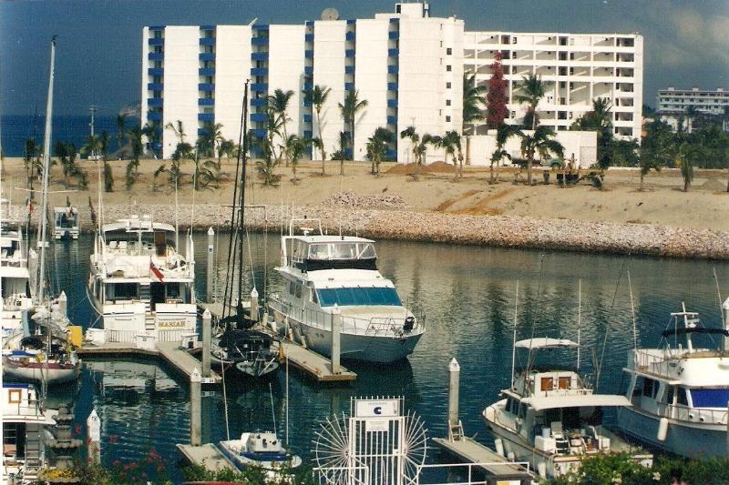 La Marina Tennis and Yacht Club   Mazatlan, Mexico - Image 1 - Mazatlan - rentals