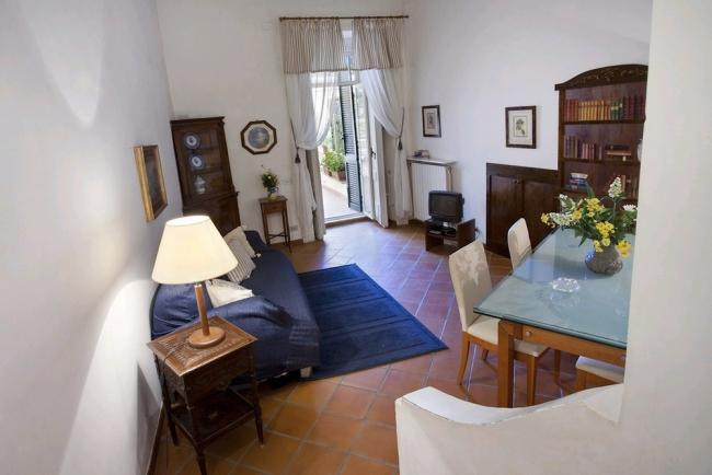 2-bedroom apt with terrace in the centre of Naples - Image 1 - Naples - rentals