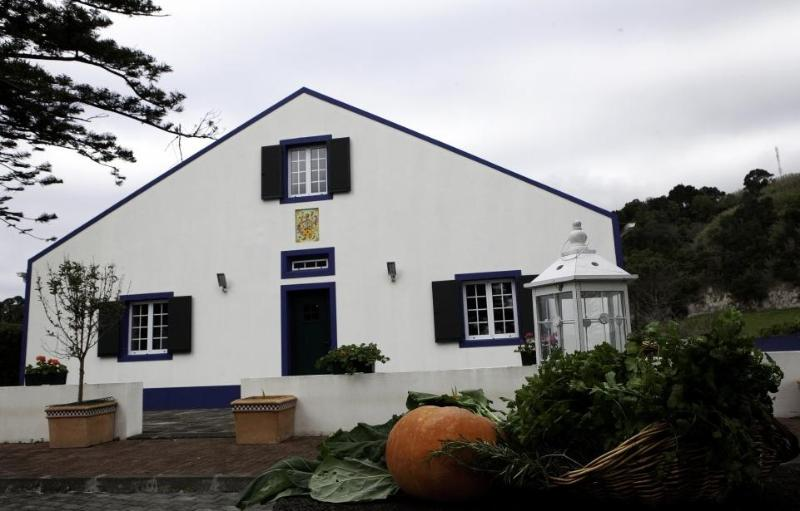 Casa do Monte - Image 1 - São Miguel - rentals