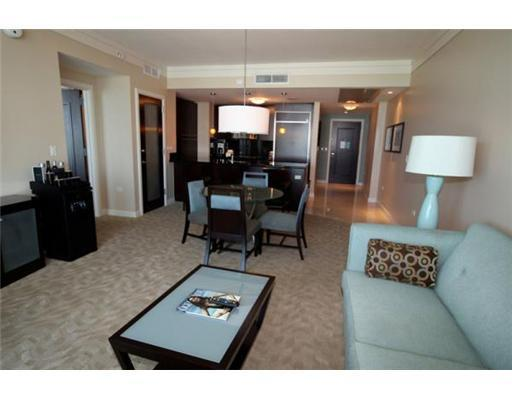 Fontainebleau Sorrento 1 Bdrm Ocean View sleeps 4 - Image 1 - Miami Beach - rentals
