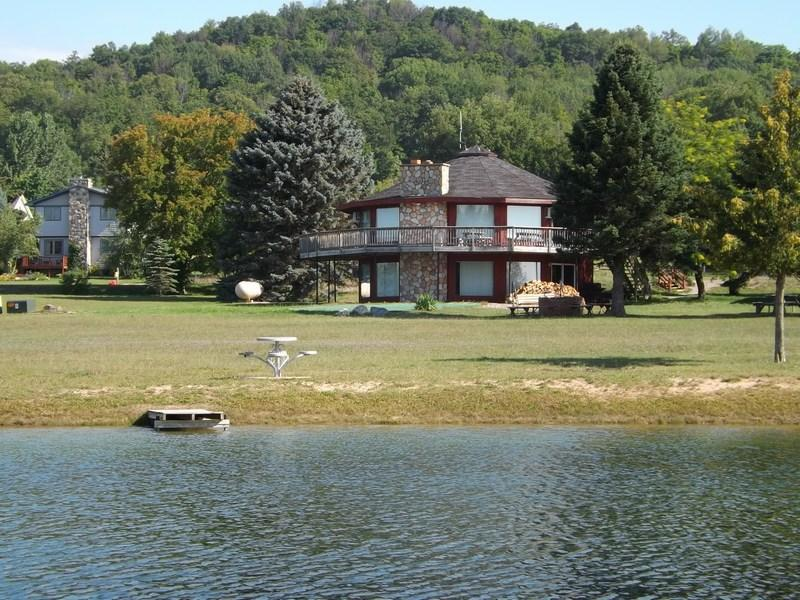 pond view - 7 Bedroom, 4 Bathroom, Unit 20 - Petoskey - rentals