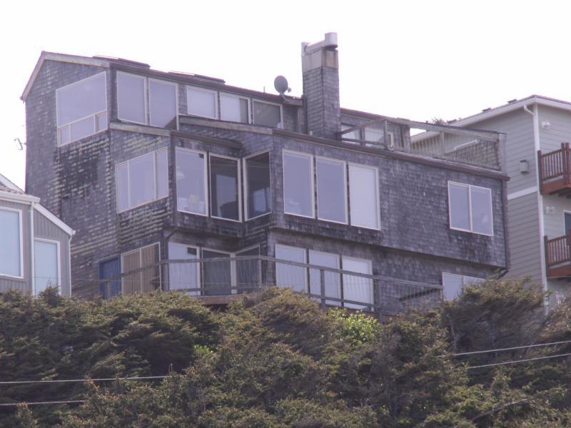 DeSantis Beach House - Image 1 - Lincoln City - rentals