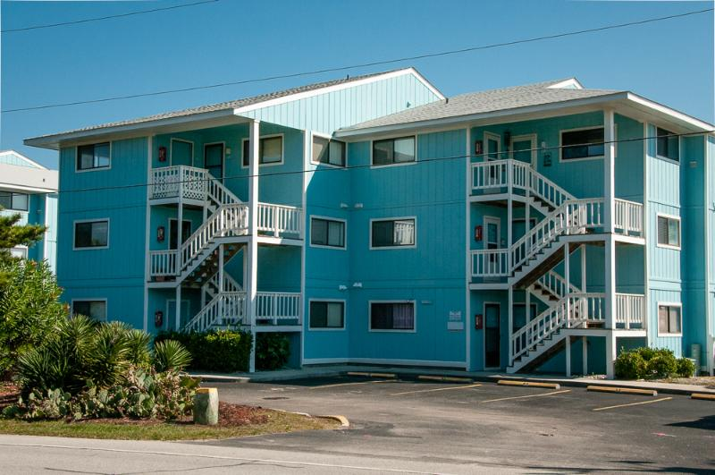 Pleasure Island Paradise - Riggings P1 - 1 BR - Image 1 - Kure Beach - rentals