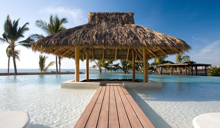 Swim up bar - Ocean Front luxury 3 BDR condo Puerto Vallarta - Puerto Vallarta - rentals