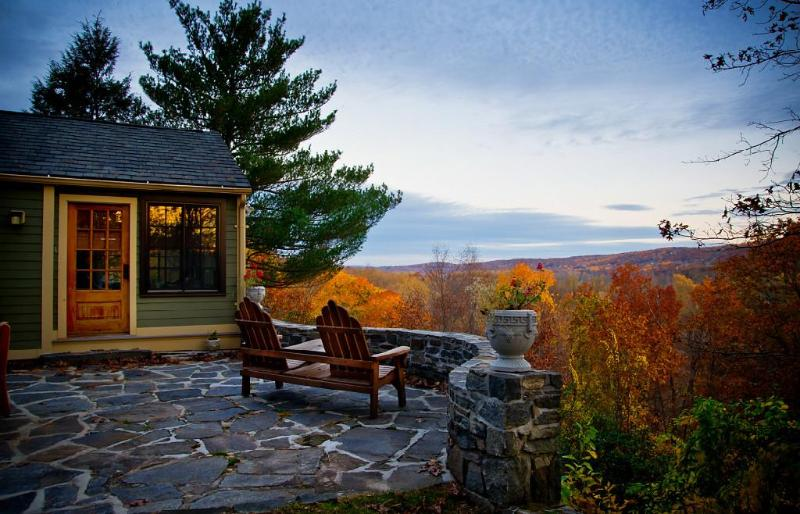 Views from the Laurel Cottage in Autumn - Laurel Cottage - Haddam - rentals