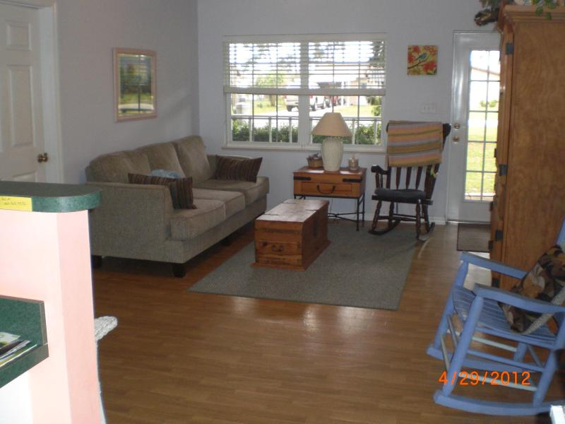 Family room - On Lake Francis in Lake Placid - Lake Placid - rentals