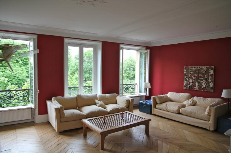Saint Germain - Living room - Spacious 2 bedrooms flat in  Saint Germain - Whiteparish - rentals