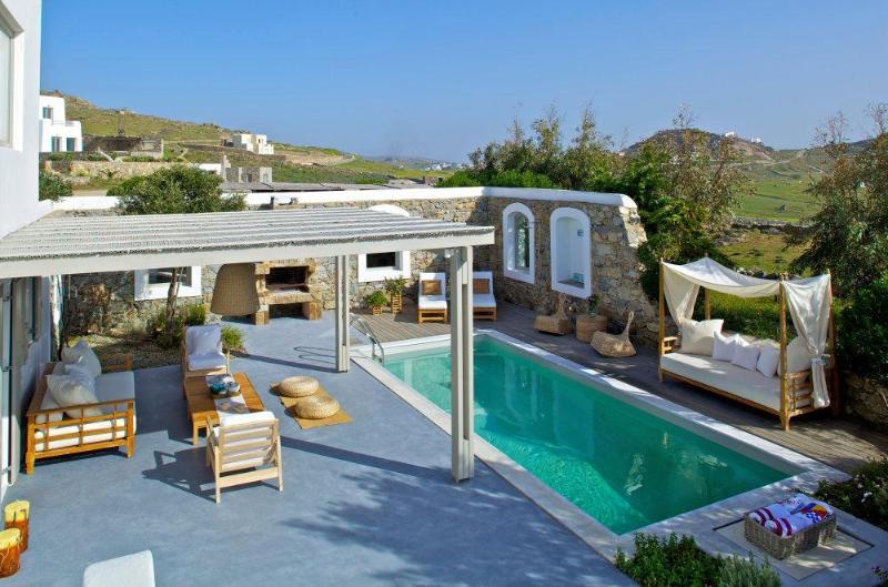 4 bedroom stylish villa with pool - Image 1 - Kalafatis - rentals