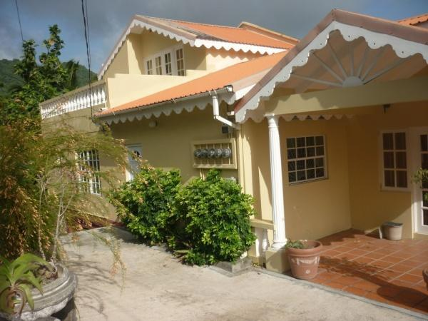 Sreet View of the floor - 1 Bedroom Flat 15 mins from Grand Anse Beach - Saint George's - rentals