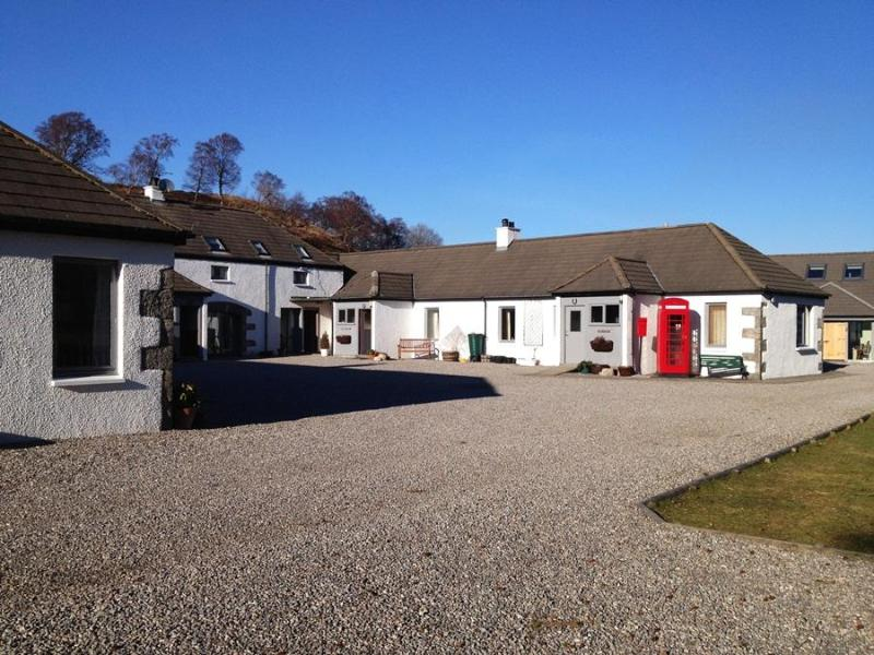 Birch Cottage At Highland Holiday Cottage - Image 1 - Newtonmore - rentals
