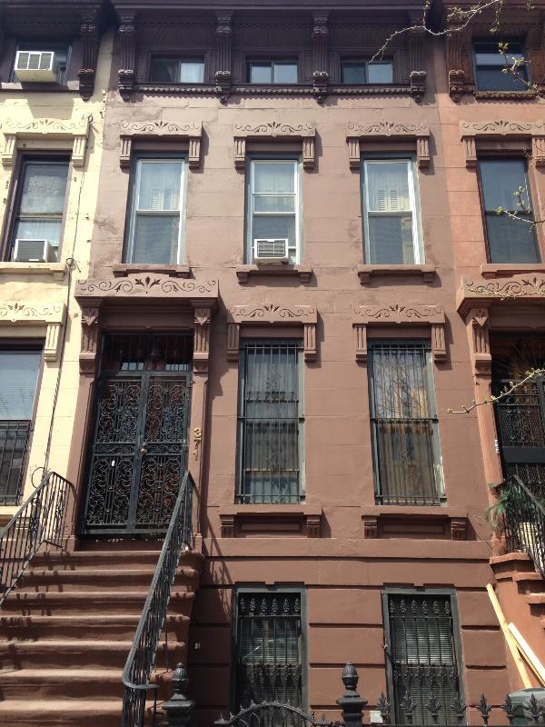 Original Victoria Brownstone - Brooklyn's Favorite Victorian Brownstone w/Garden - Brooklyn - rentals