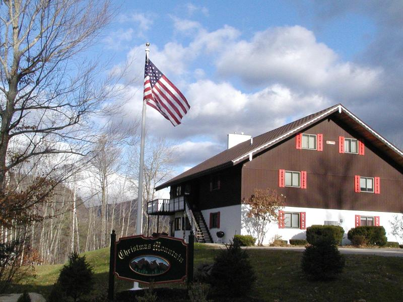 AWESOME NH Condo near STORYLAND and North Conway! - Image 1 - Glen - rentals