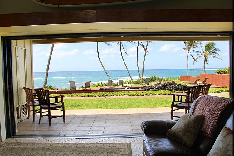 Walkout to Ocean View Lanai and lawn area - Hale Awapuhi Villa #1B - Wailua Ocean Front Condo - Kapaa - rentals