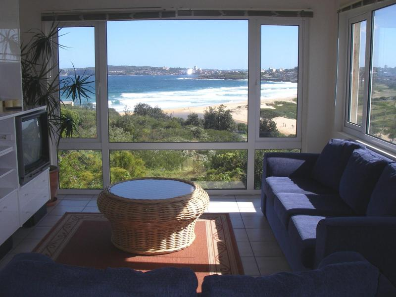 Living Room to Ocean views - BEACH HOUSE SYDNEY NEAR MANLY-we have 9 Properties - Manly - rentals
