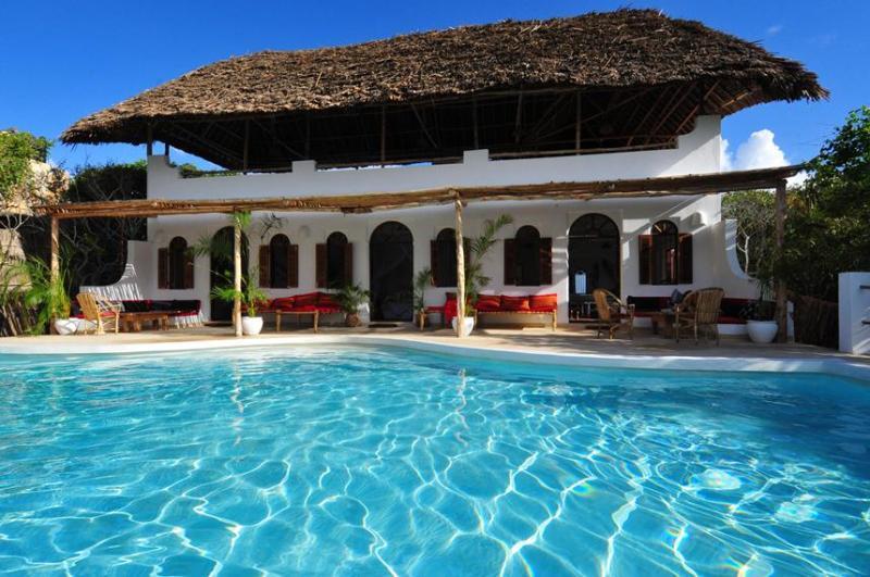 Pool and House - Baobab - Spectacular Beach Front Villa, Watamu - Watamu - rentals