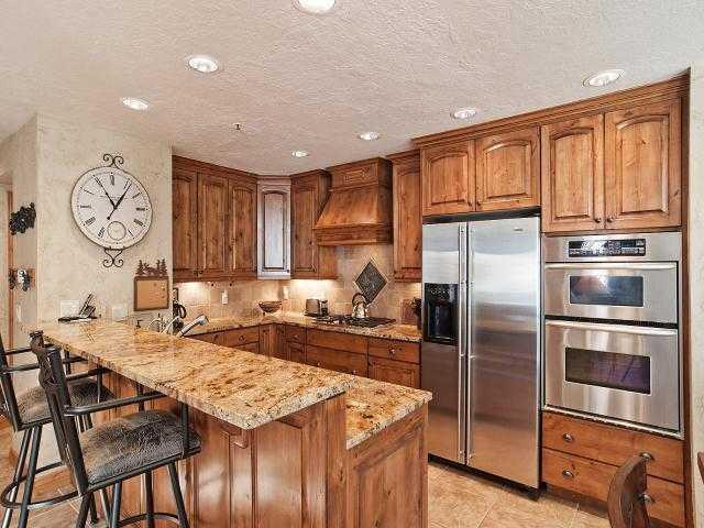 Gourmet Kitchen - 3 Bedroom Queen Esther Home in Lower Deer Valley - Park City - rentals