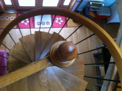 Spiral staircase - Wellfleet Waterfront 5 Bedroom Vacation Home - Wellfleet - rentals