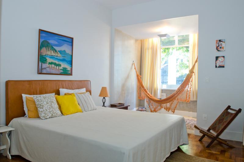 W56 - 1 BEDROOM IN ARPOADOR - Image 1 - Ipanema - rentals