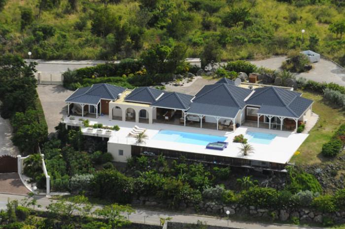 Villa Dreamin Blue at Happy Bay - Image 1 - Sint Maarten - rentals