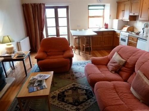 SEA TROUT COTTAGE, Sanquhar, Dumfries and Galloway, Scotland - Image 1 - Sanquhar - rentals
