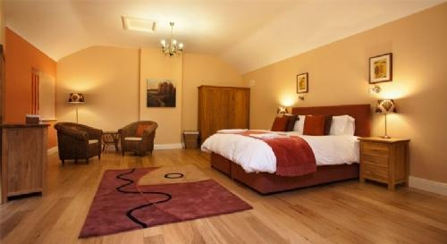 THE TACK ROOM, Meath Country Cottages, Co Meath, Ireland - Image 1 - County Meath - rentals