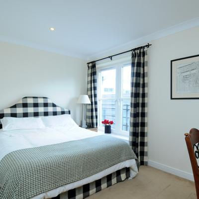 Gentles Entry Apartment Holyrood - Image 1 - Edinburgh - rentals