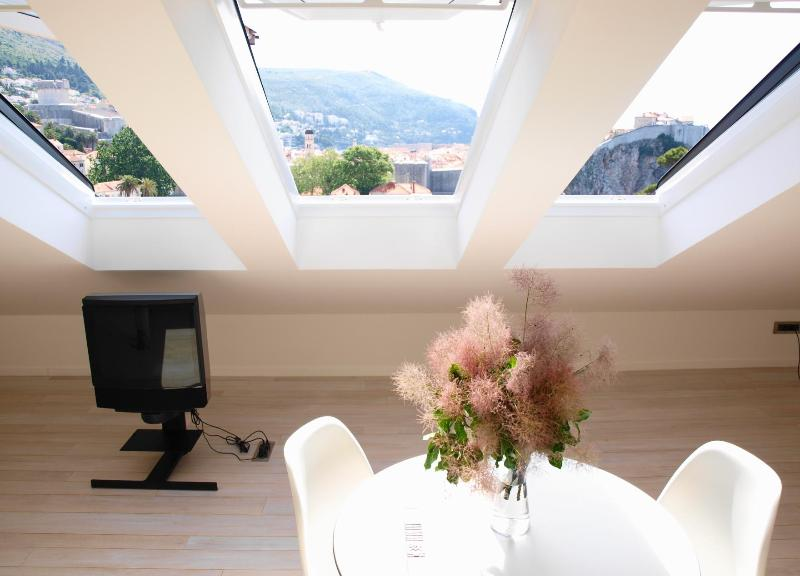 Contemporary studio decorated to a high standard of minimal ultra- modern design - Nid d'Amour - Modern Studio with Panoramic Views! - Dubrovnik - rentals