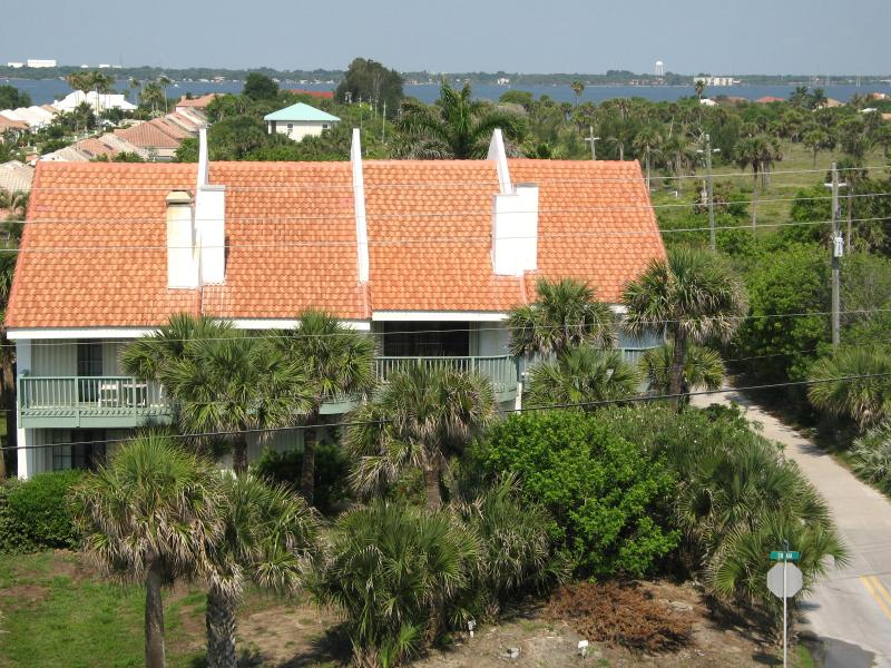 View of Indian River 1/4 mile away - Ocean Views, PRIVATE: pool-beach-river access in F - Melbourne Beach - rentals