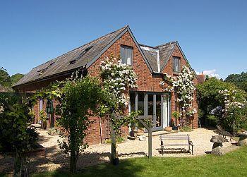 Bed and Breakfast at Horringford Gardens - Image 1 - Newport - rentals