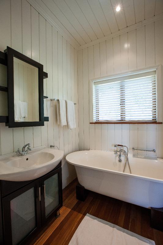 Cove Bathroom - South Point Villas - Cove Villa, Seychelles - Cerf Island - rentals