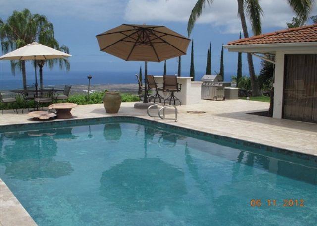 Pool Area with BBQ - Heavens, Spaciouis 4 Bedroom with Pool and Great Ocean Views-PHHeaven - Kailua-Kona - rentals