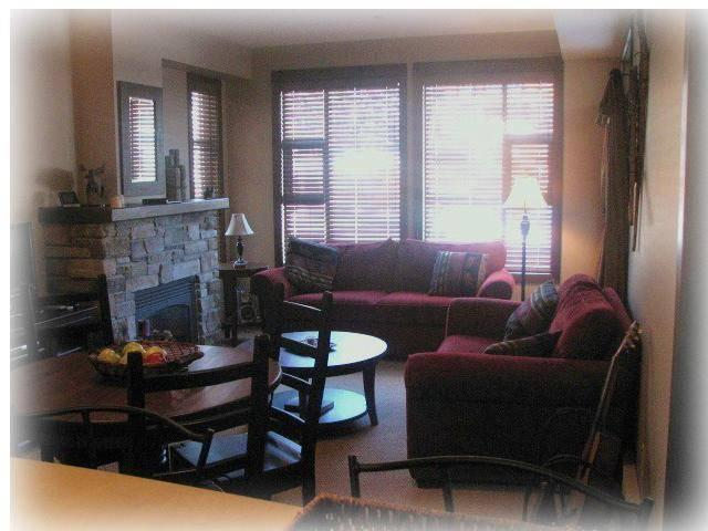 Tastefully decorated living room and dining room that feels like home. - The Roys Place at Sun Peaks - Sun Peaks - rentals