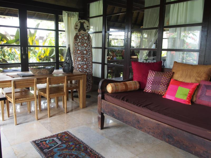 Lounge/Dining and Kitchen - Lodtunduh Sari House Kupu Kupu - Unique - Boutique - Ubud - rentals