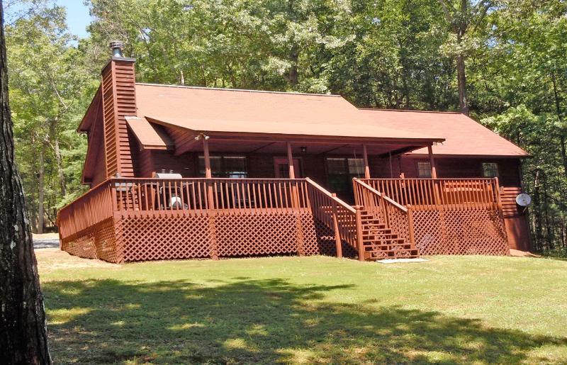 Front of Bearadise - Bearadise Retreat-  Amazing  cabin, Hot Tub & View - Ellijay - rentals
