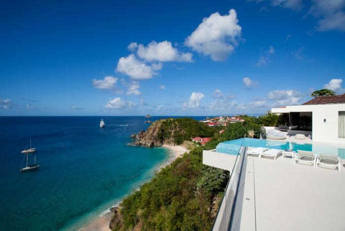 Luxury 5 bedroom Lurin villa. Great views of the island, ocean and sunset! - Image 1 - Lurin - rentals