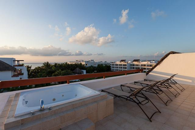 Monarch by the Sea (6300) - Duplex Penthouse, Rooftop Jacuzzi, Awesome Ocean Views - Image 1 - Cozumel - rentals